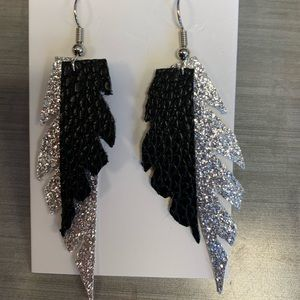 Jewelry - Black & silver feather faux leather earrings